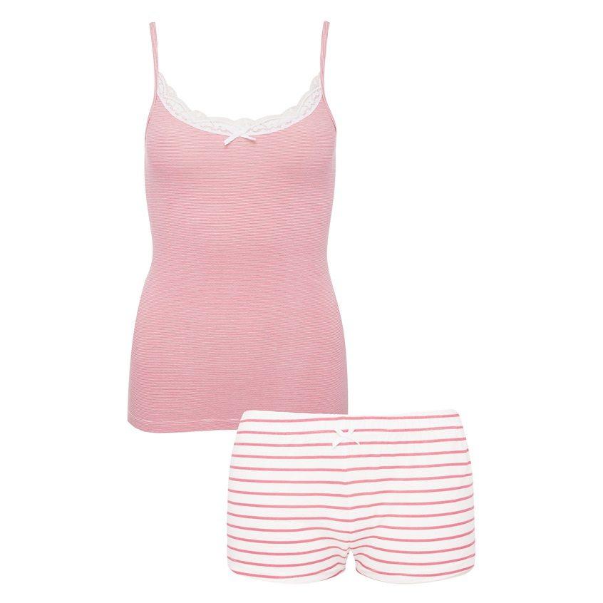 Conjunto de shorts y camiseta rosa a rayas
