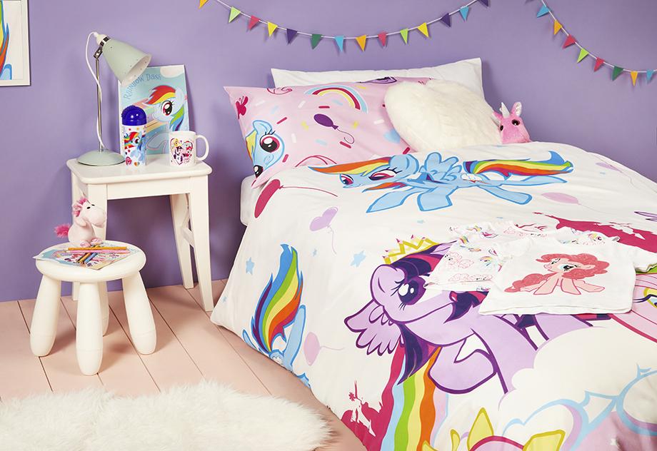 la colecci n my little pony primark cat logo online. Black Bedroom Furniture Sets. Home Design Ideas